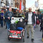 Here are some pictures taken by Berlin-based journalist and music blogger EarEyeAm at the Peoples Assembly march on April 16th... Thanks for sharing. http://eareyeam.blogsport.de/