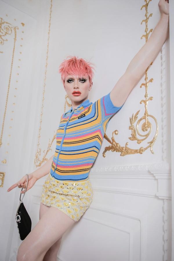 Bimini Bon Boulash with Sicky magazine at London photoshoot venue 10-11 Carlton House Terrace