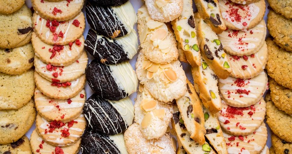 Cakes & Snacks