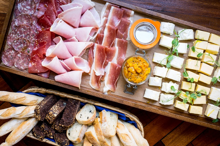 Fresh bread and charcuterie for summer parties in London