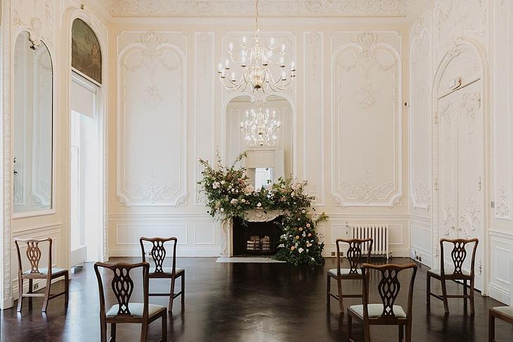 Micro wedding inspiration at London wedding venue 10-11 Carlton House Terrace