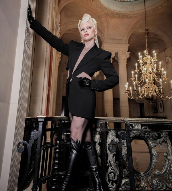 Bimini Bon Boulash for SICKY magazine at photoshoot venue London, 10-11 Carlton House Terrace