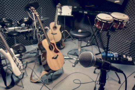 FM8 : FM Synthesizer by Native Instruments