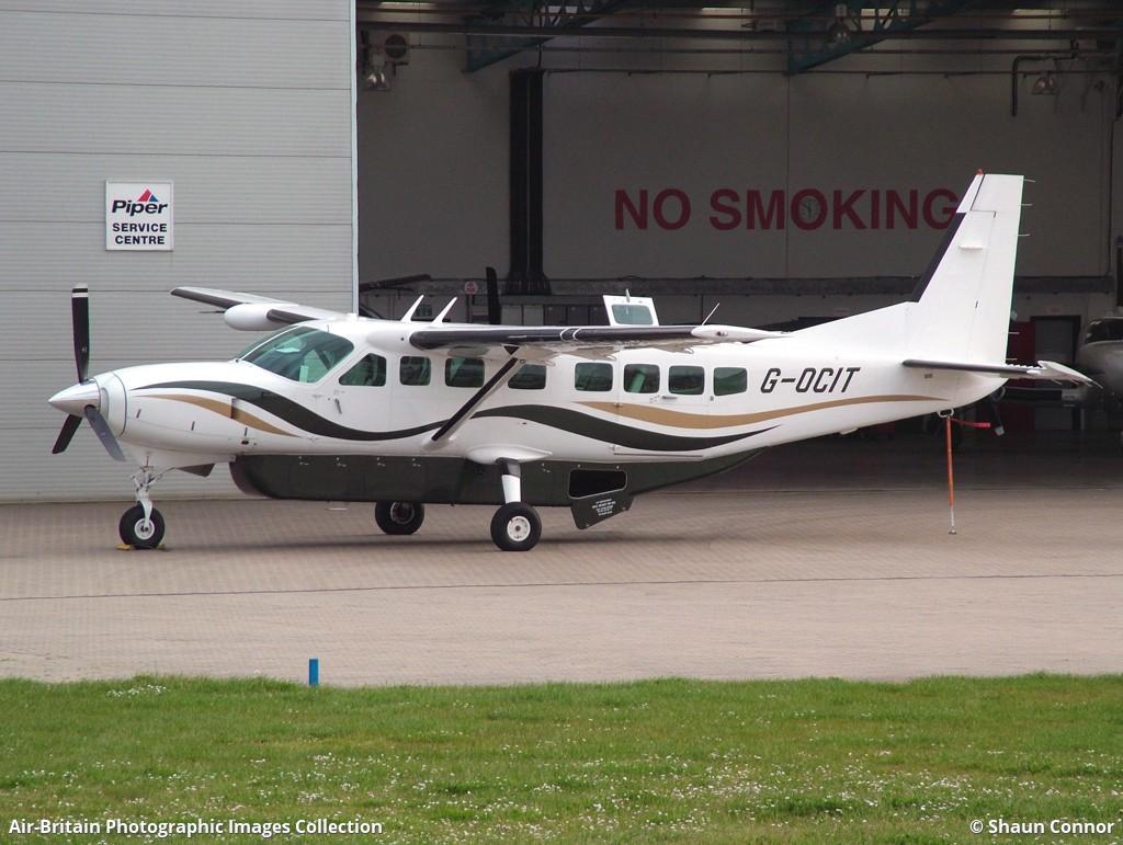 Aviation photographs of Registration: G-OCIT : ABPic