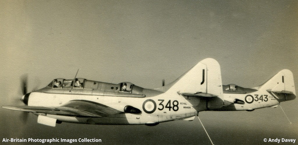 Aviation photographs of Military Unit: 826 Squadron : ABPic