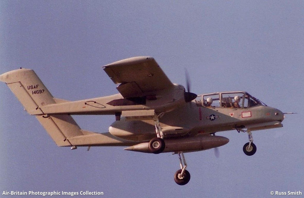 North American Rockwell OV-10 Bronco, 67-14697 / 321-105, US Air Force :  ABPic