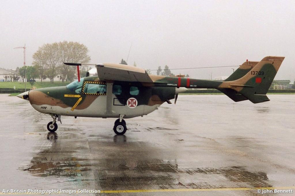 Aviation photographs of Reims-Cessna FTB337G Super Skymaster : ABPic