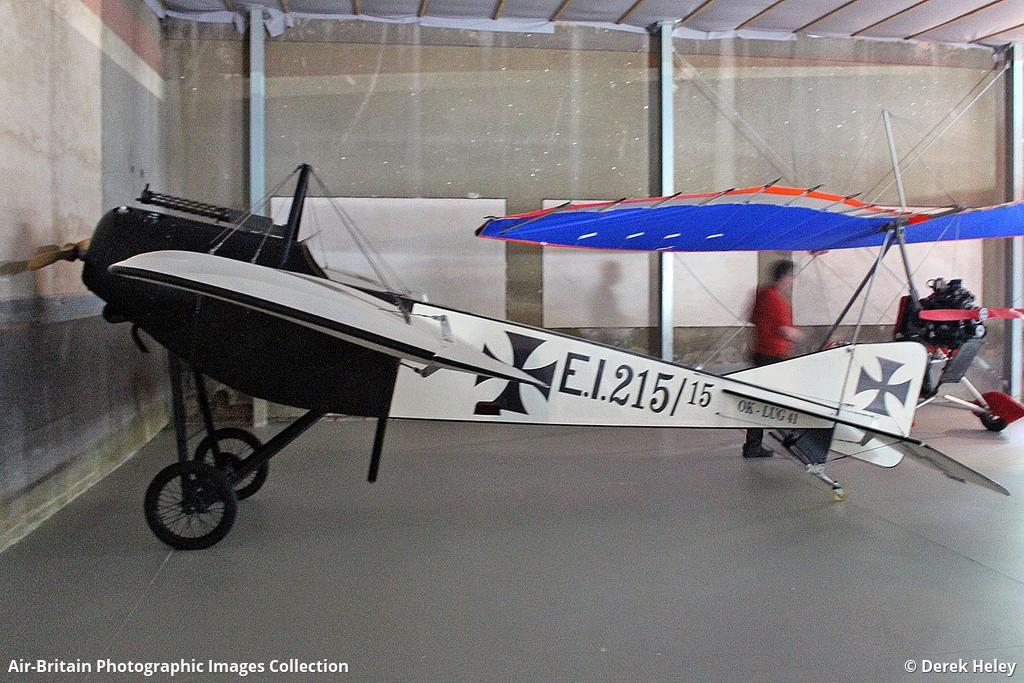 Aviation photographs of Registration: OK-LUG 41 : ABPic