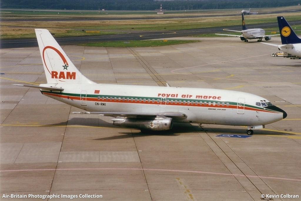 Anciens avions de la RAM - Page 2 1042945-large