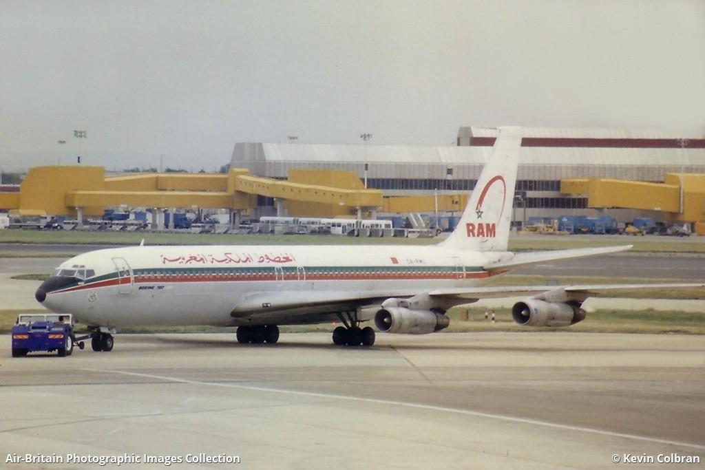 Anciens avions de la RAM - Page 2 1042946-large