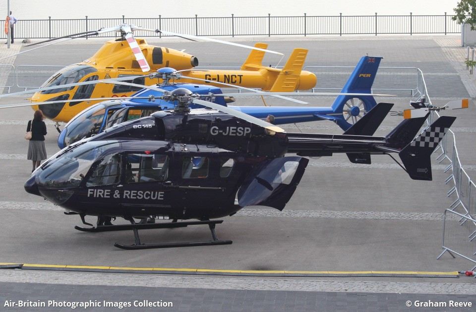 Aviation photographs of Registration: G-JESP : ABPic