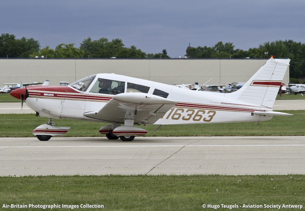Aviation photographs of Piper PA-28-235 Cherokee Charger : ABPic