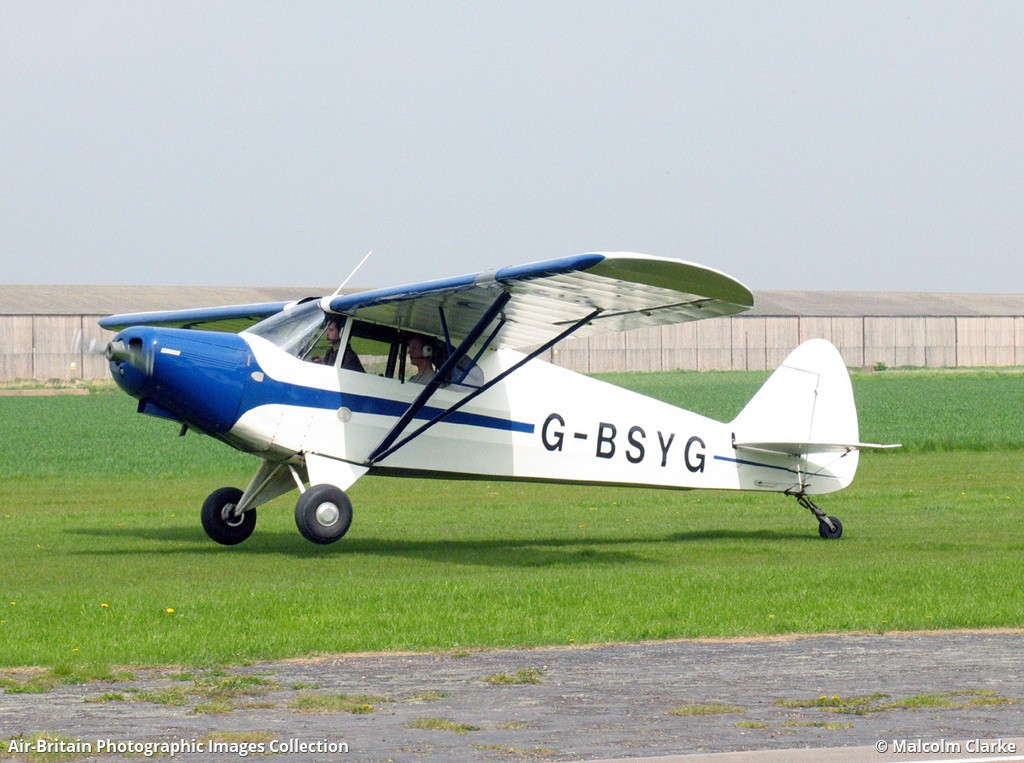 Piper PA-12 Super Cruiser, G-BSYG / 12-2106, Fat Cub Group : ABPic
