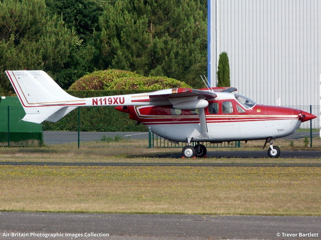 Aviation photographs of Reims-Cessna FT337GP Super Skymaster : ABPic