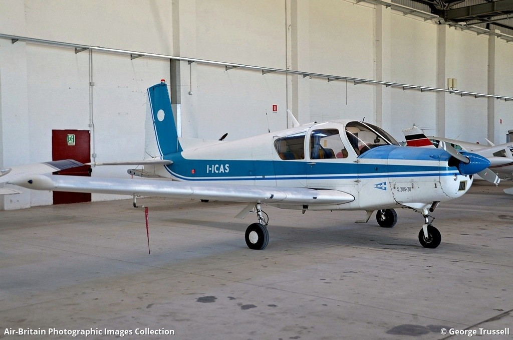 Aviation photographs of Registration: I-ICAS : ABPic