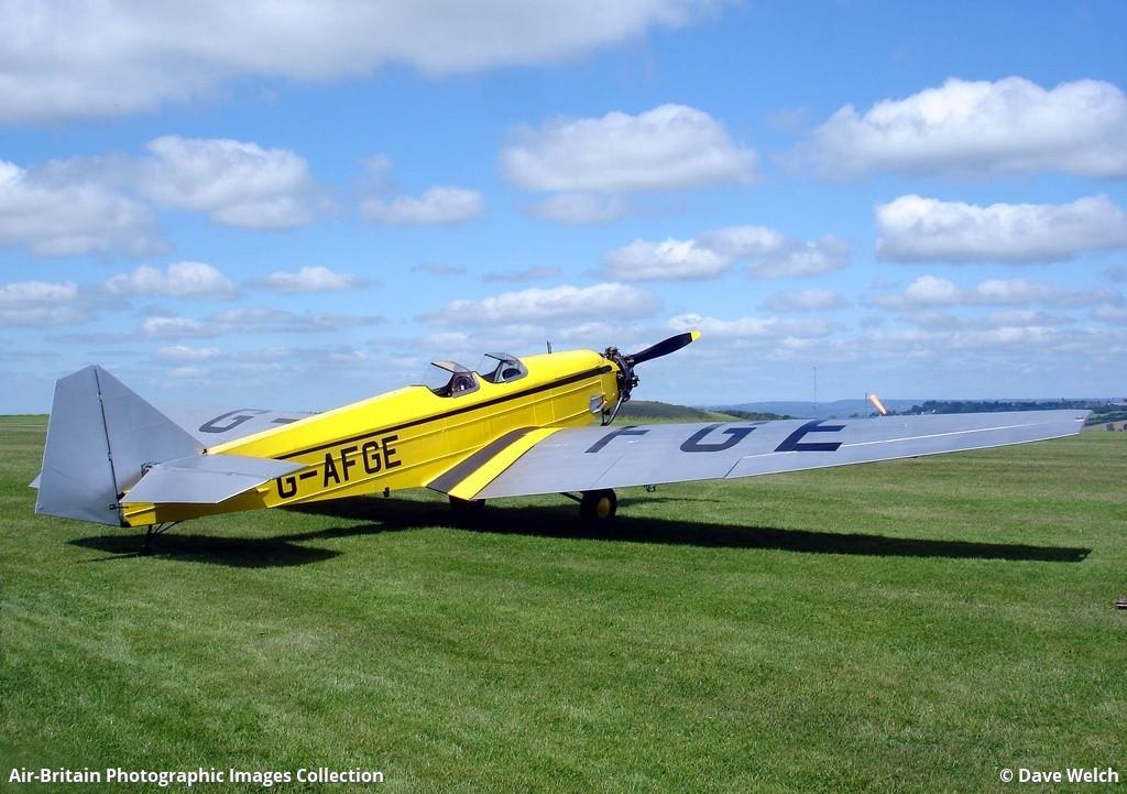 Aviation photographs of Registration: G-AFGE : ABPic