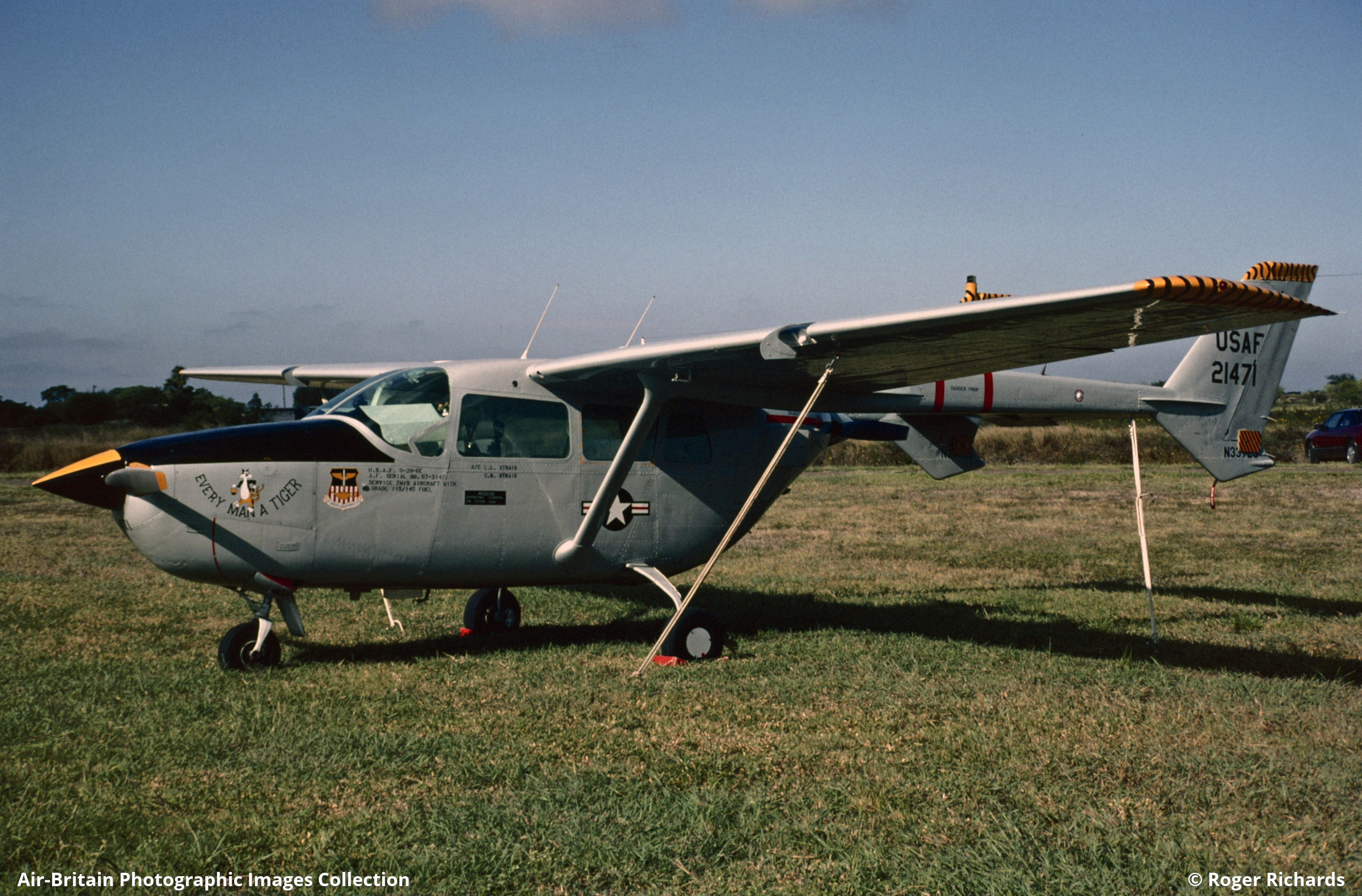 Aviation photographs of Cessna 337A Super Skymaster : ABPic