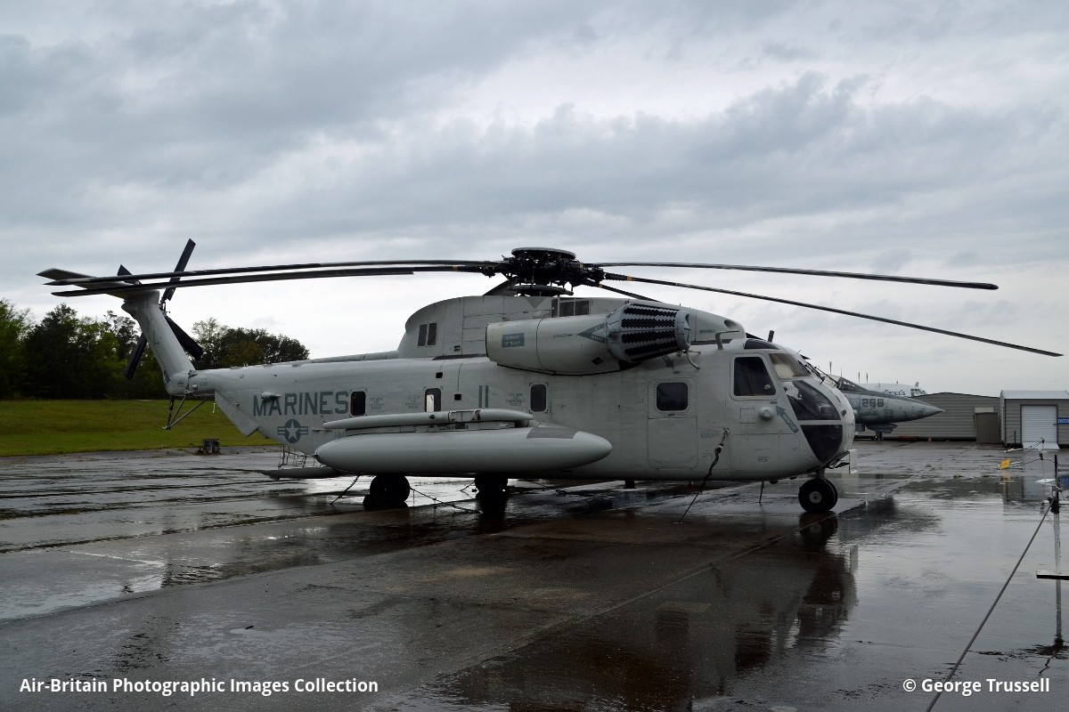Aviation Photographs Of Sikorsky CH-53D Sea Stallion : ABPic