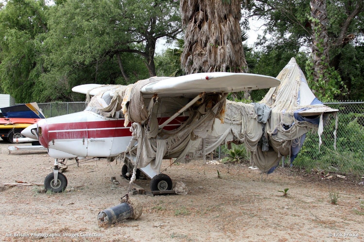 Aviation photographs of Piper PA-22 Tri-Pacer : ABPic