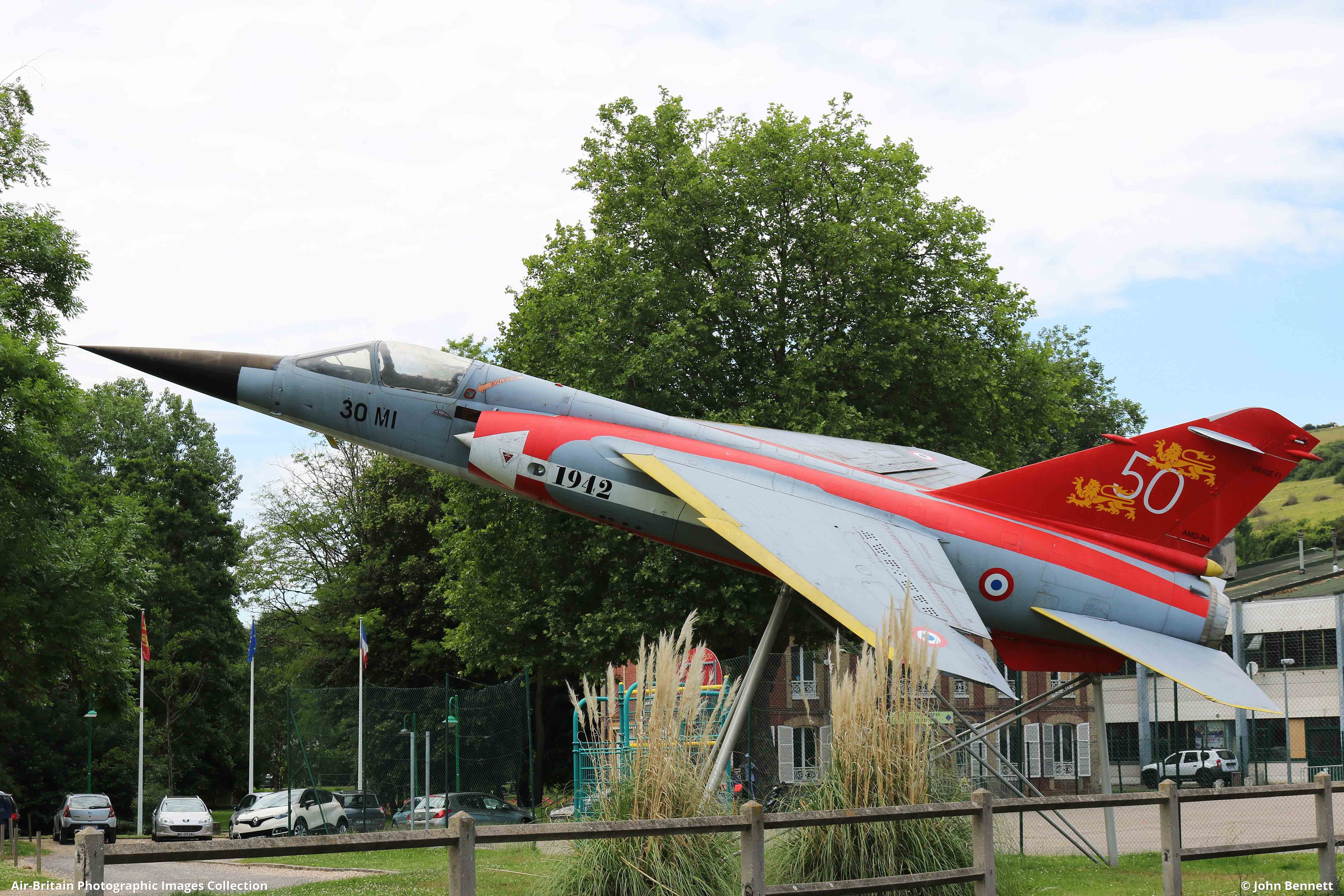 Aviation Photographs Of Location Les Andelys Musee Normandie Nieman Abpic
