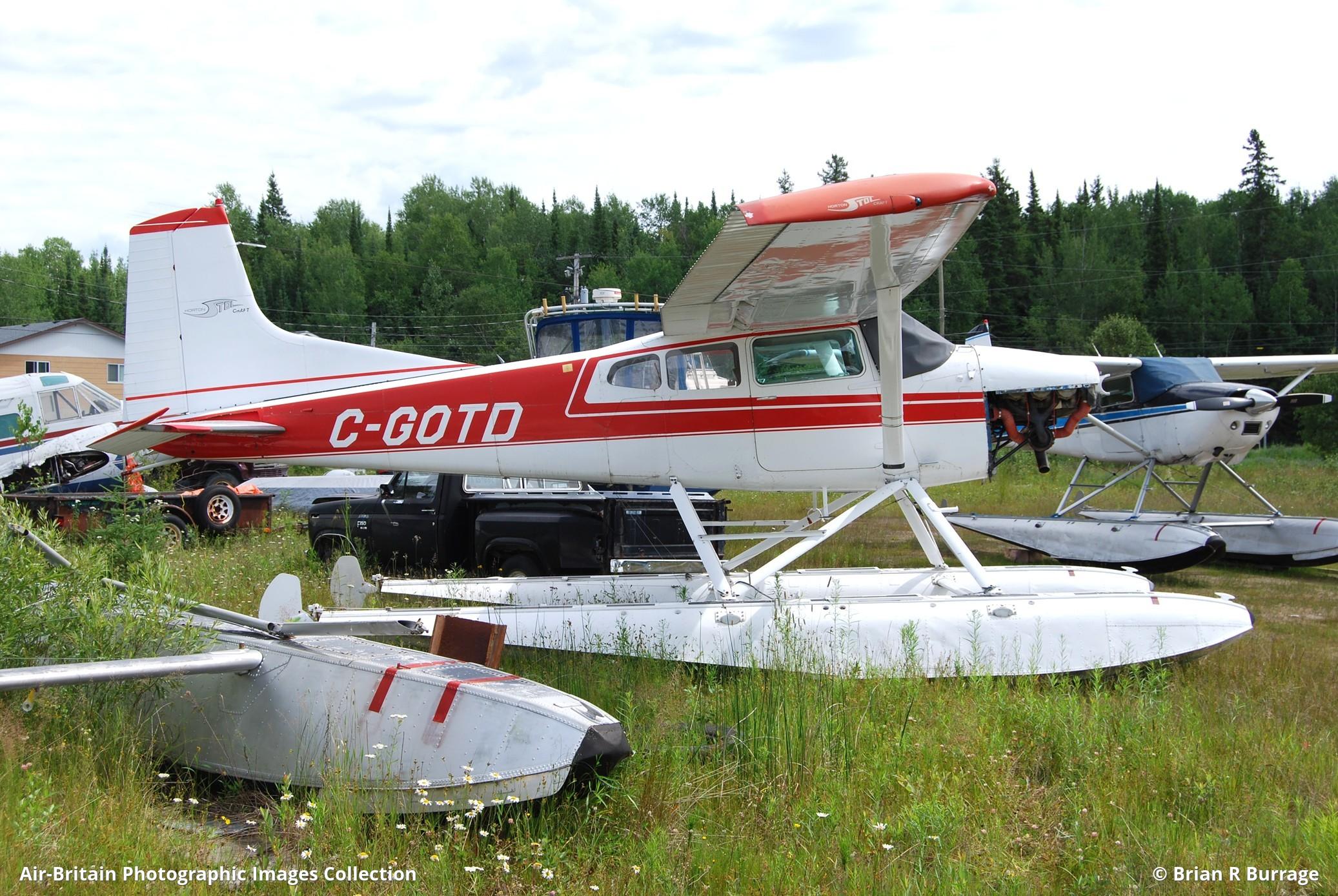 Aviation photographs of Cessna A185F Skywagon 185 : ABPic
