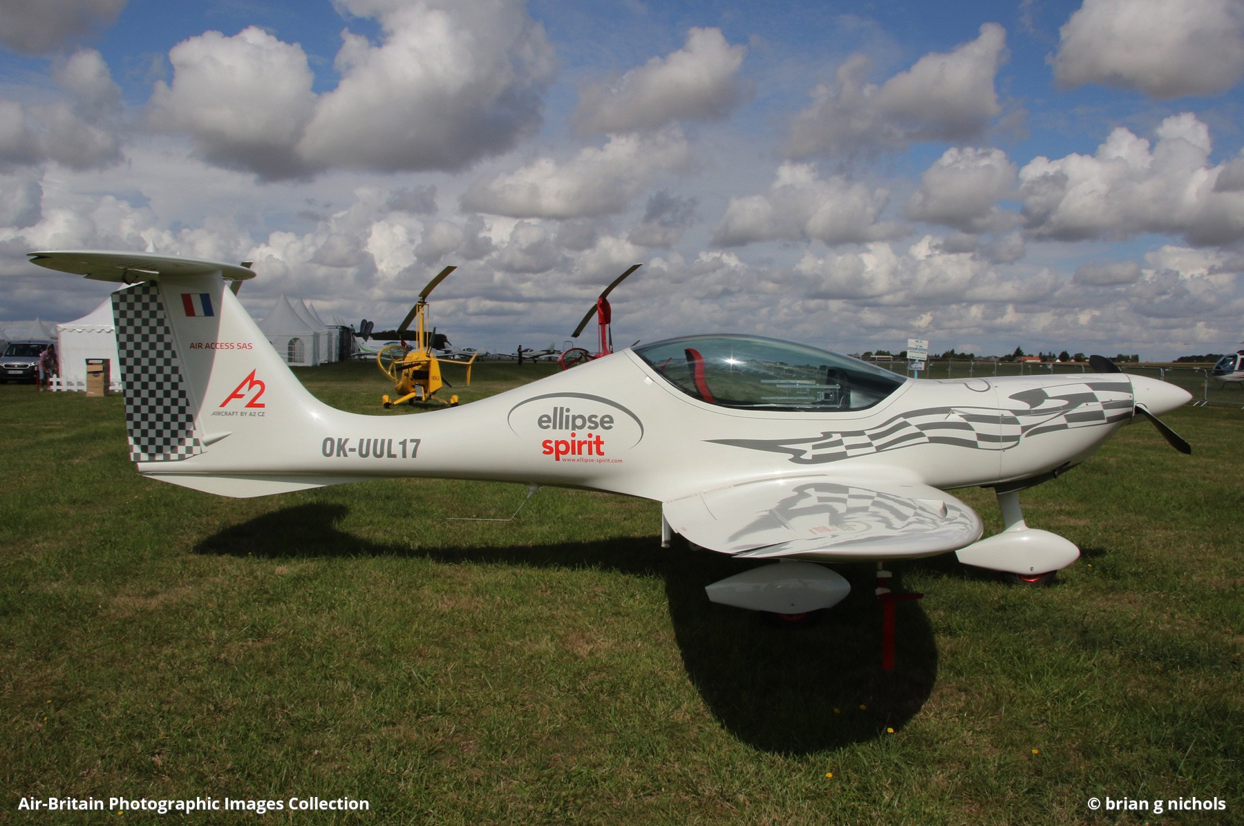Aviation photographs of Registration: OK-UUL 17 : ABPic