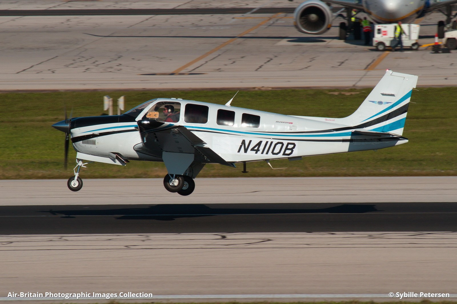 Aviation photographs of Operator: Textron Aviation Inc : ABPic