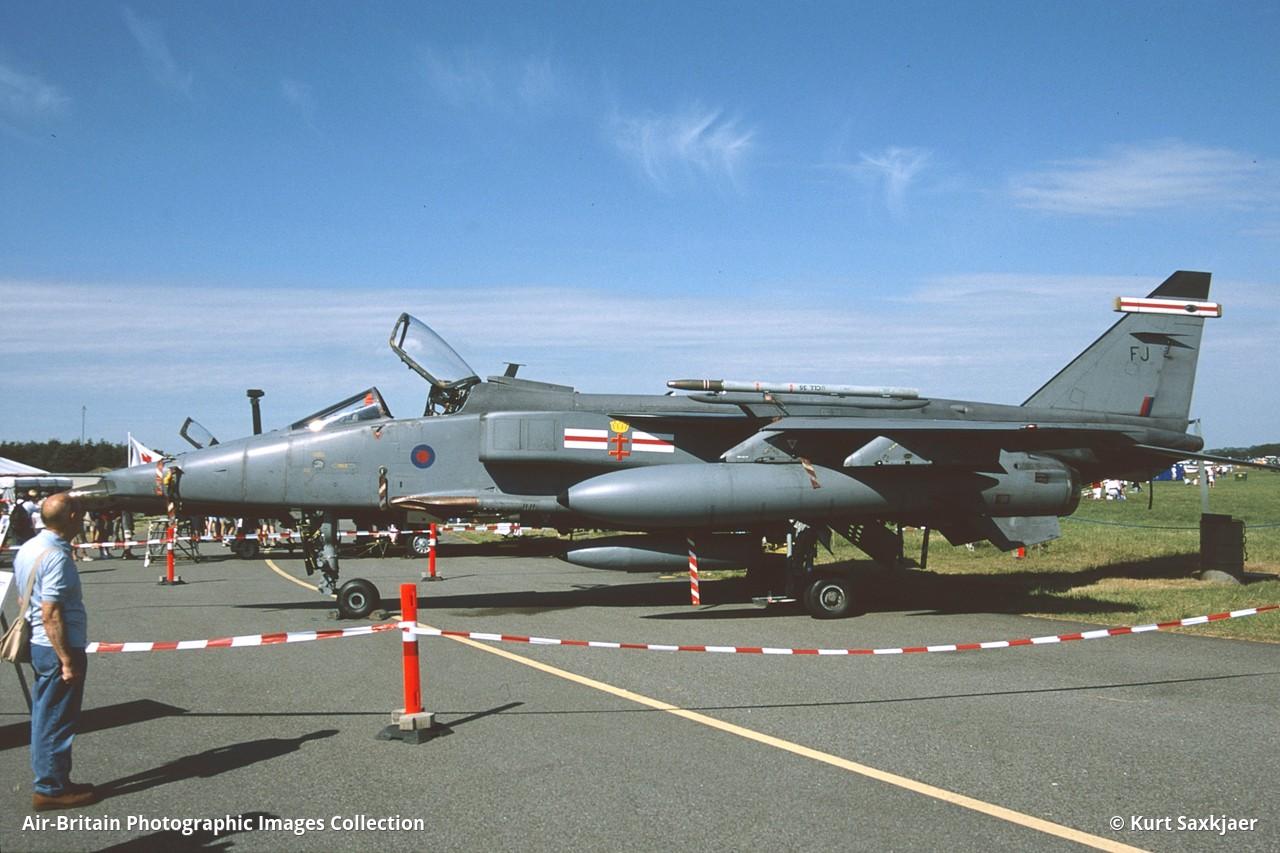 Aviation photographs of Sepecat Jaguar GR3 : ABPic
