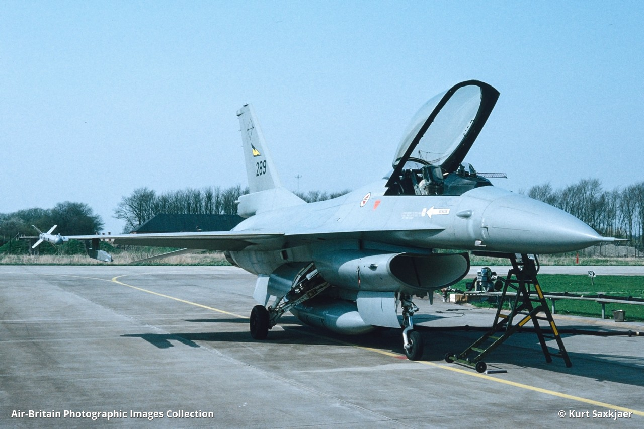Aviation photographs of Military Unit: 331 Skv : ABPic