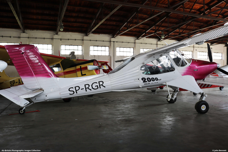 Aviation photographs of PZL-Okecie PZL-104 Wilga 2000 : ABPic