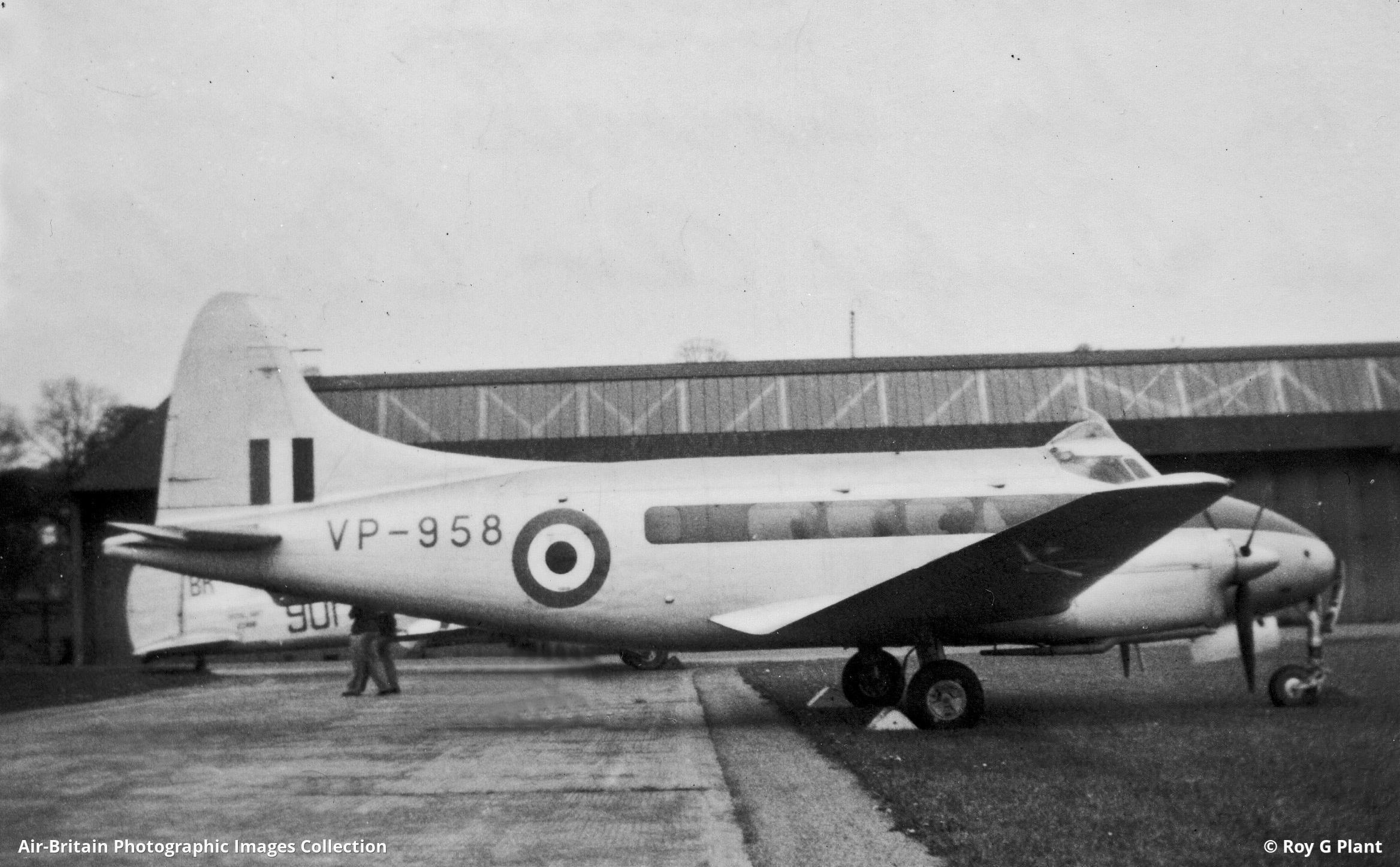 De Havilland DH.27 Derby