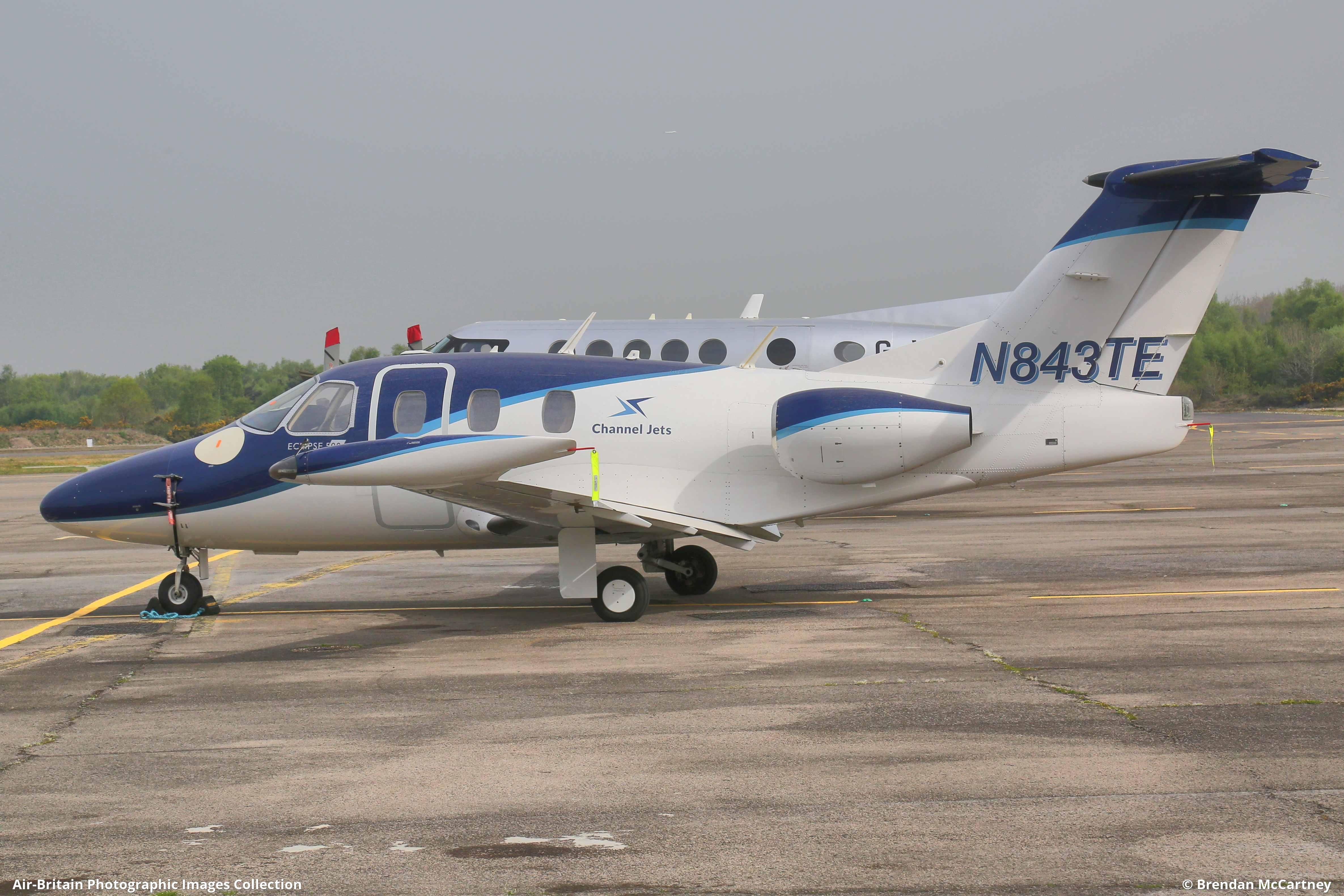 Aviation photographs of Eclipse 500 : ABPic
