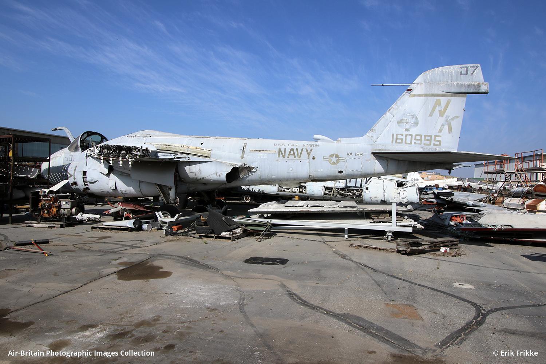 Aviation photographs of Grumman A-6E Intruder : ABPic