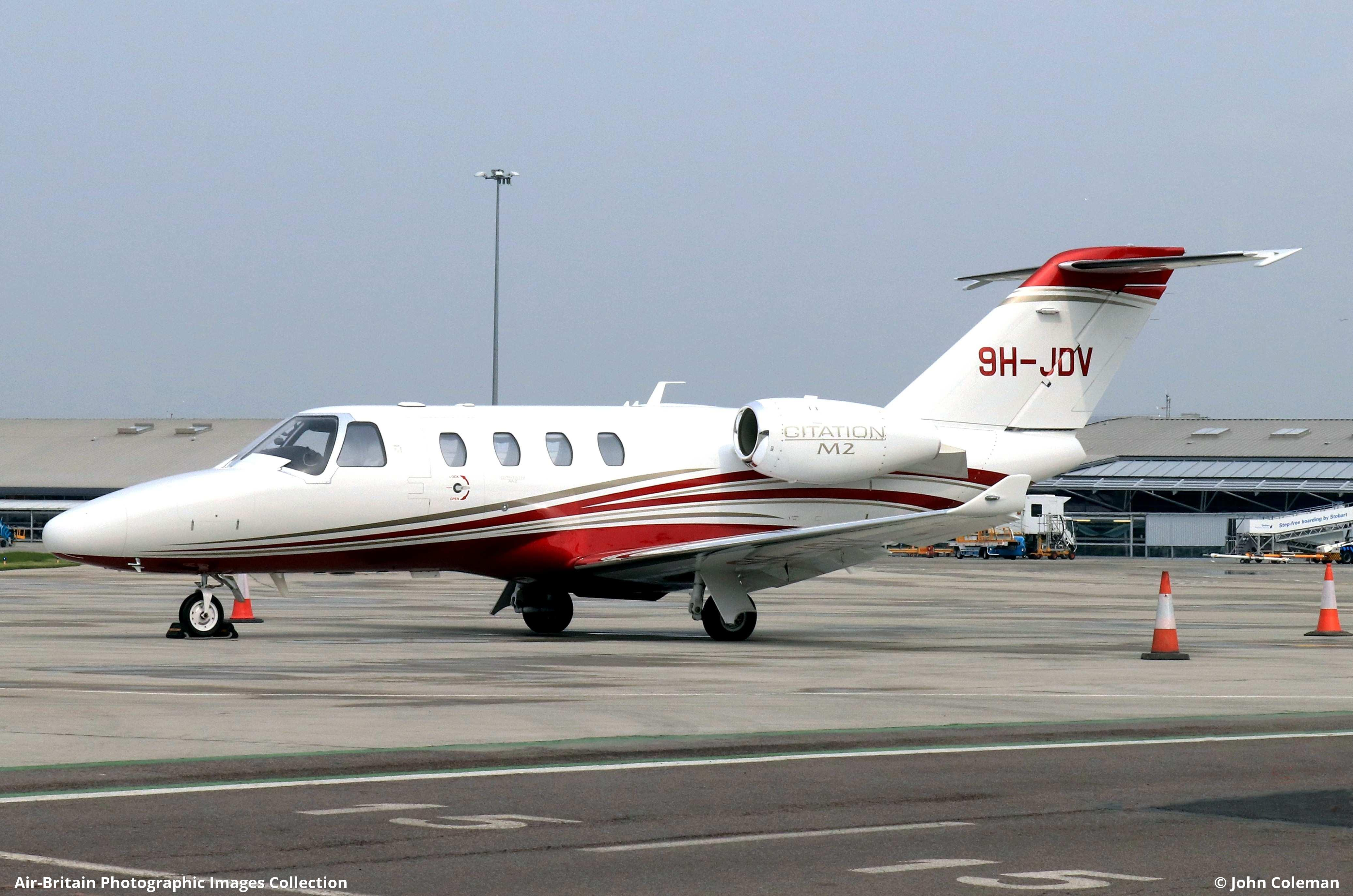 Aviation photographs of Cessna 525 Citation M2 : ABPic