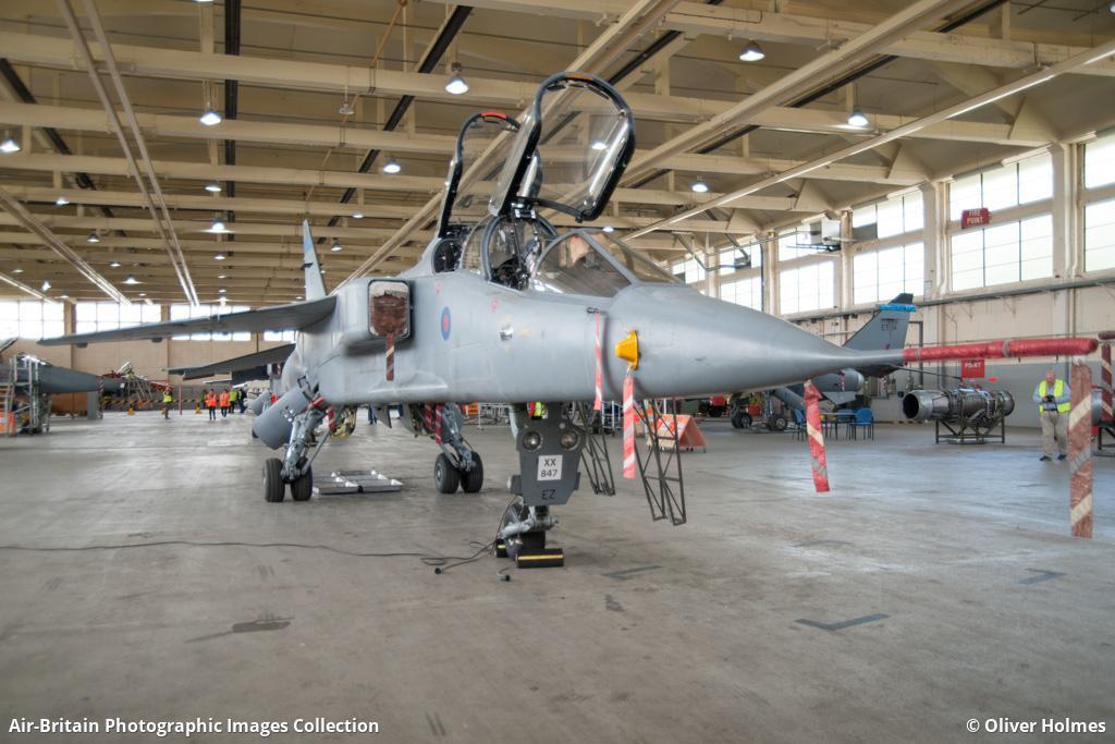 Aviation photographs of Sepecat Jaguar T4 : ABPic