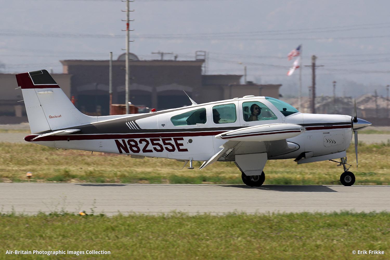 Aviation photographs of Beech F33A Bonanza : ABPic
