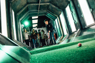 Large crowd watches boy playing shot in tunnel at Airtastic Craigavon