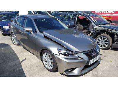 2016 LEXUS IS 300h Advance Dual VVT-i
