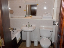 Classic Twin Ensuite