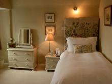 Single Room Bed & Breakfast