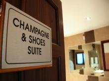 """Veuve Clicquot """"Champagne & Shoes"""" Suite"""
