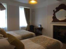 Double & Single Beds en-suite
