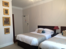 Double & Single Beds en-suite