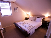 Double Room in Ferry Inn