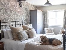 Taynton Comfy Double /Dog Friendly