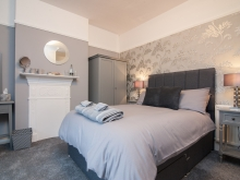Double Room w/En-Suite (First Floor)