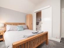 Small Double w/En-suite (First Floor)
