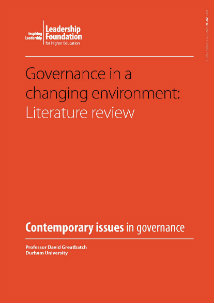 Governance in a changing environment: literature review