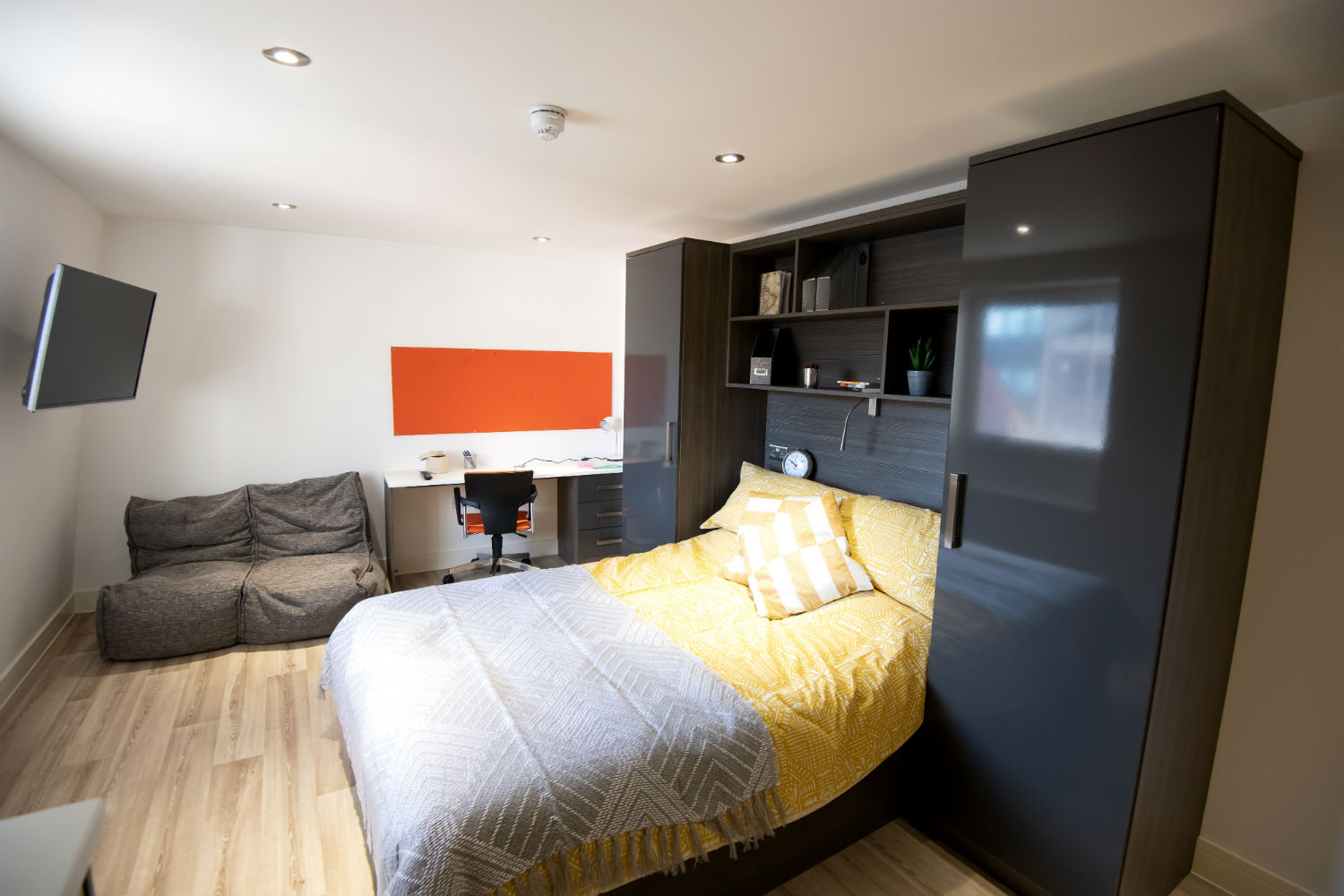 Photo of a room at Fairchild House student accommodation Southampton