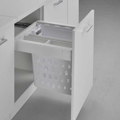 Laundry basket pullboy Z for ANTARO, CW=500 mm, 1x40 litre+2 trays, WESCO, white